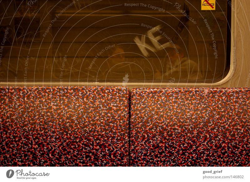 urban mindflow Mensch Ferien & Urlaub & Reisen Ferne Graffiti Wege & Pfade Glas Eisenbahn Schriftzeichen fahren Rauchen U-Bahn Tunnel Zigarette Langeweile