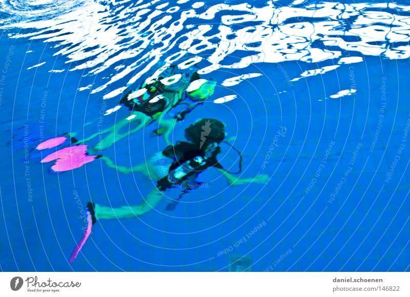 deep blue Wasser Meer blau Sport Spielen Bewegung Luft Wellen tauchen unklar Wassersport Schwerelosigkeit