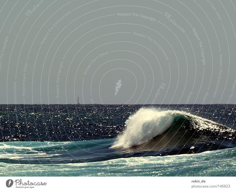 Schaumkrone Meer Insel Wasser Wellen Gischt Wasserfahrzeug Segelschiff grün blau azurblau nass rollen überholen wiegen Strand Küste Freude Baumkrone El Golfo