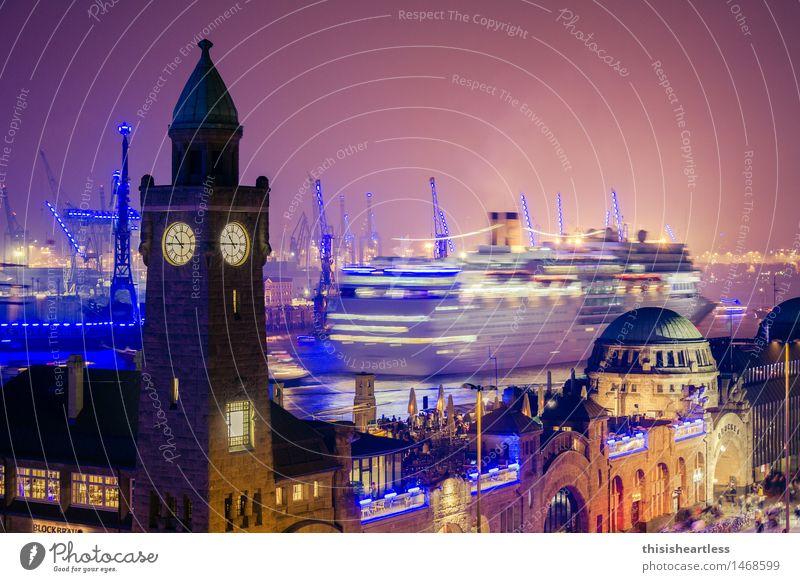und tschüss Ablegen ableger Schifffahrt Schiffsplanken Kreuzfahrt Kreuzfahrtschiff Tourismus Tourist touristisch Landungsbrücken Hamburg Hamburger Hafen