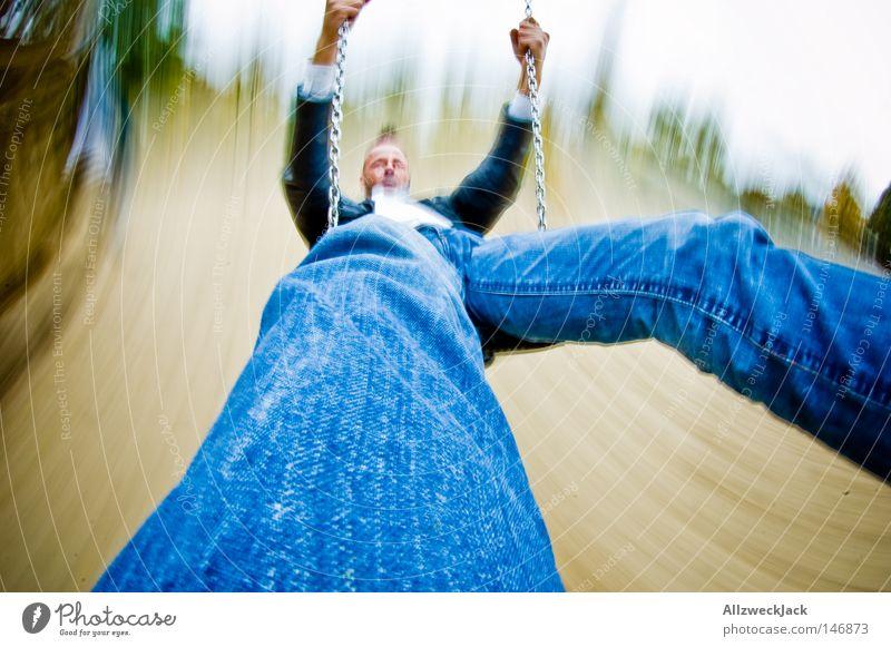 Extrem-Schaukling 2008 Spielplatz Schaukel schaukeln schwingen Spielen toben Verzerrung Freude Übermut Geschwindigkeit Bewegungsunschärfe schwungvoll