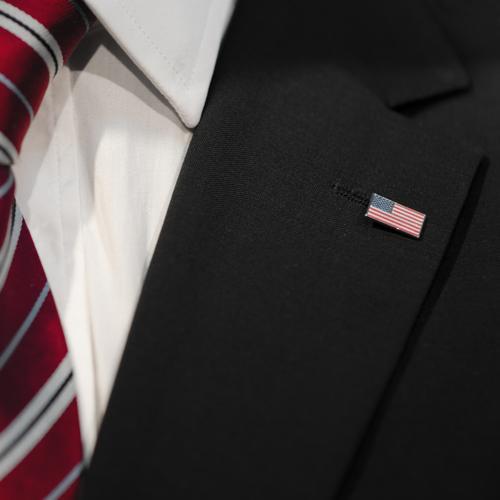 barack Beruf Wirtschaft Kapitalwirtschaft Börse Geldinstitut Mensch maskulin Mann Erwachsene 1 Sauberkeit Amerika USA Krawatte Hemd Jacke Business Geschäftsmann