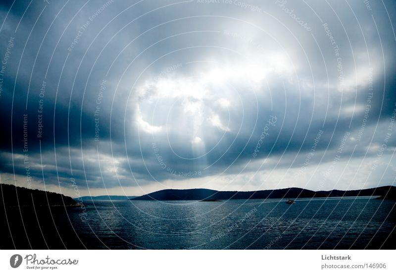 spricht er doch mit uns Wasser Sonne Meer Landschaft Wolken ruhig Küste Bucht himmlisch Gott Klimawandel Kroatien Erscheinung Lichtstrahl Götter Wolkendecke