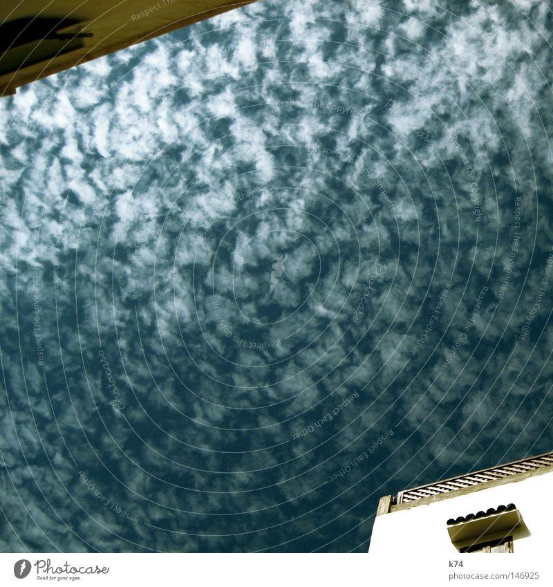 nubes Himmel blau Haus Wolken Fenster gegenüber