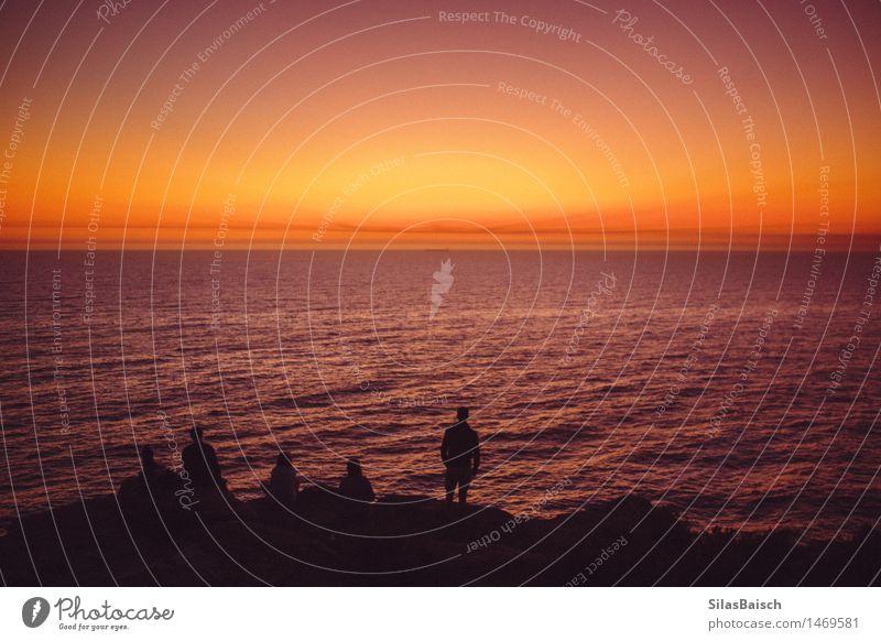 Mensch Natur Ferien & Urlaub & Reisen Jugendliche schön Meer Ferne Strand 18-30 Jahre Erwachsene Liebe Lifestyle Küste Denken Freiheit Freundschaft