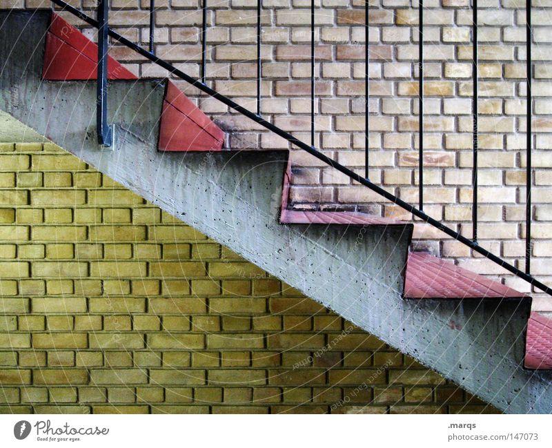 Abstieg alt rot Haus gelb Wand oben grau Mauer Architektur Treppe Häusliches Leben aufwärts Geländer abwärts aufsteigen