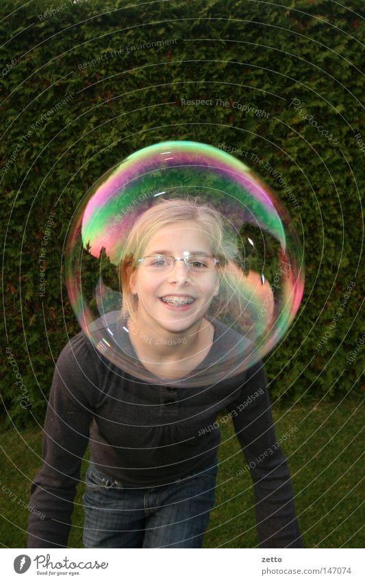 Seifenblase Lichtspiel Farbenspiel Spielen Regenbogen Gesicht Kugel Reflektionen