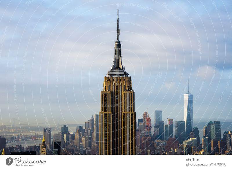 Ikone New York City Manhattan USA Stadt Skyline Hochhaus Fassade Sehenswürdigkeit Wahrzeichen Empire State Building World Trade Center Stadtzentrum King Kong