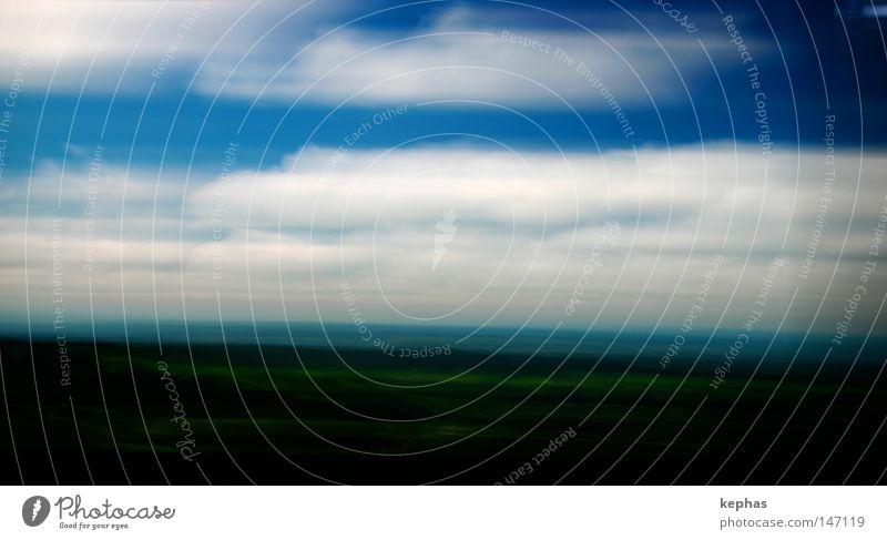 verwischte Landschaft Himmel weiß grün blau Ferien & Urlaub & Reisen Wolken Geschwindigkeit Vergänglichkeit Hügel Bildschirm vergangen Landschaftsformen