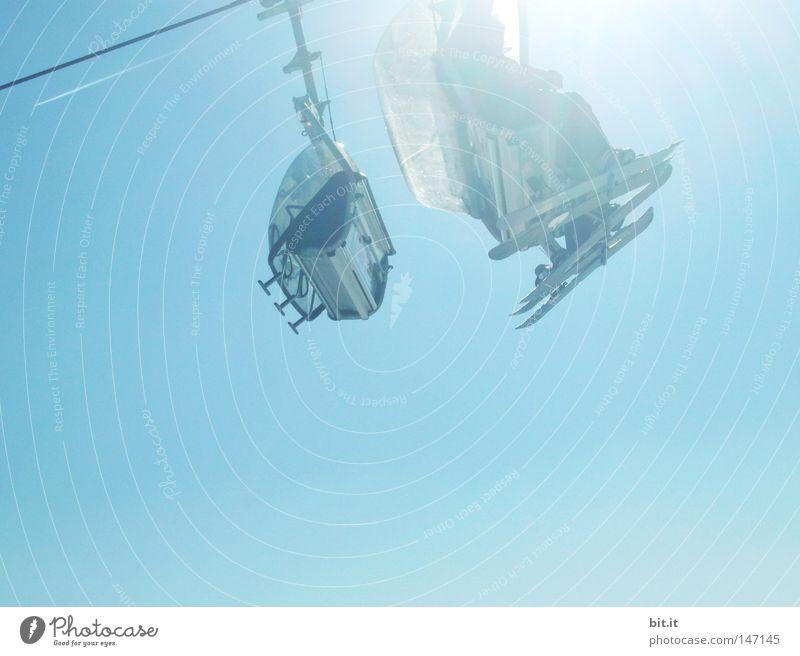 ÜBERWASSER-TAUCHSTADION Luft Skifahren Winter Skilift Sonne Licht Berge u. Gebirge alpin Wintersport Sport Saison blau Himmel oben aufwärts hoch luftig hell