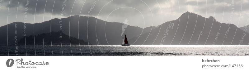 doch, es sind die seychellen!! Wasser Himmel Meer Ferien & Urlaub & Reisen Wolken Berge u. Gebirge Glück grau träumen Regen groß Insel genießen Sonnenbad