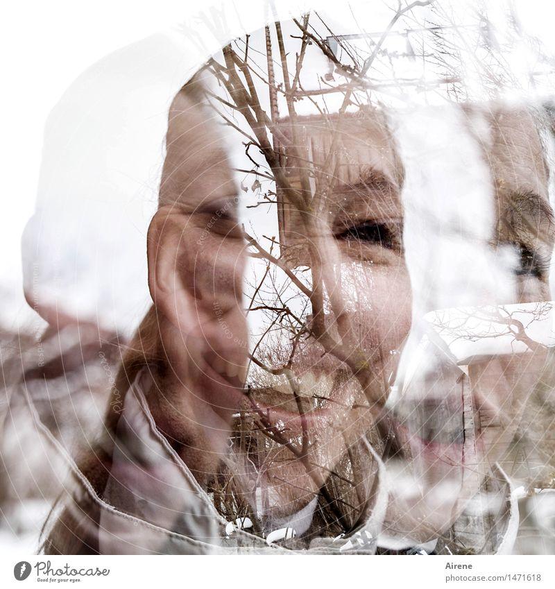 geometrisch| blümchen² x doppelhaus : 2 = thementag Mensch feminin Junge Frau Jugendliche Erwachsene Kopf Gesicht Auge Mund Zähne 1 30-45 Jahre Haus