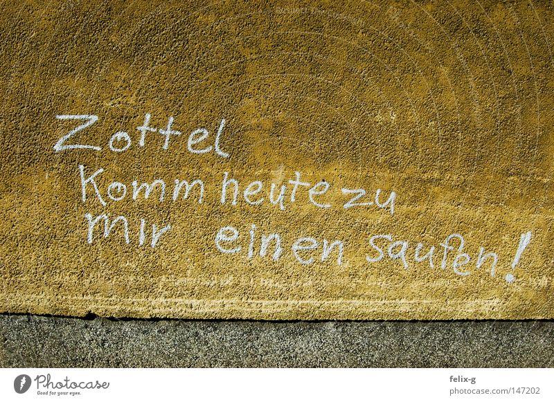 Heute einen Saufen! Zottel Osten Deutschland Spray Information Mitteilung unsozial Alkoholisiert Graffiti Wandmalereien grafftit Bahnhof pasewalk Eisenbahn