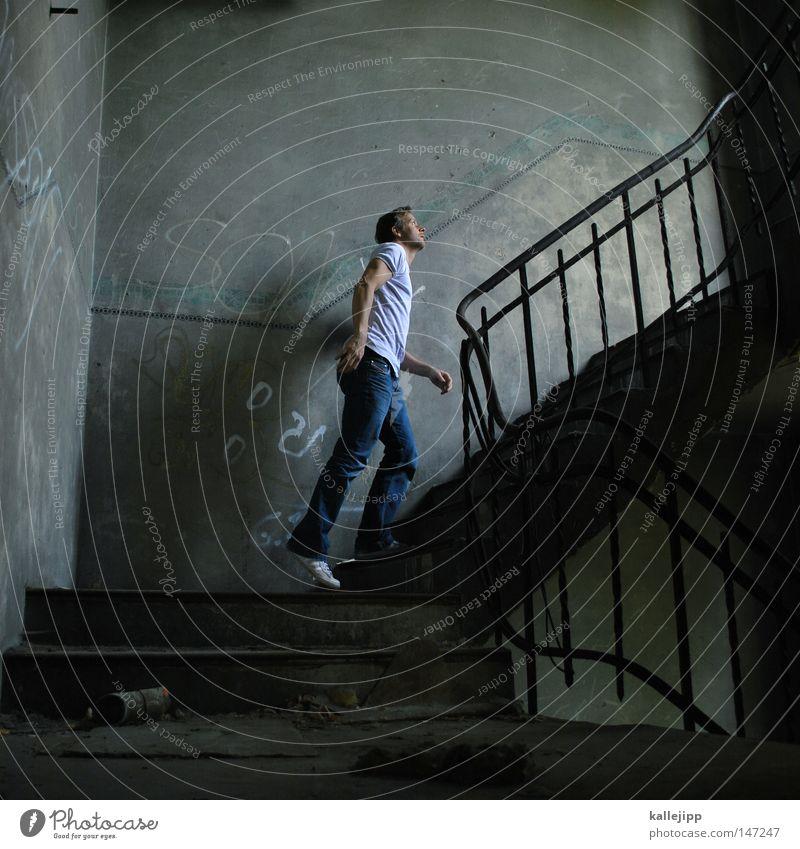 is da wer? Mensch Mann dunkel Fenster Farbstoff oben gehen Raum Treppe Erfolg Perspektive hoch Neugier Hoffnung geheimnisvoll Vergangenheit