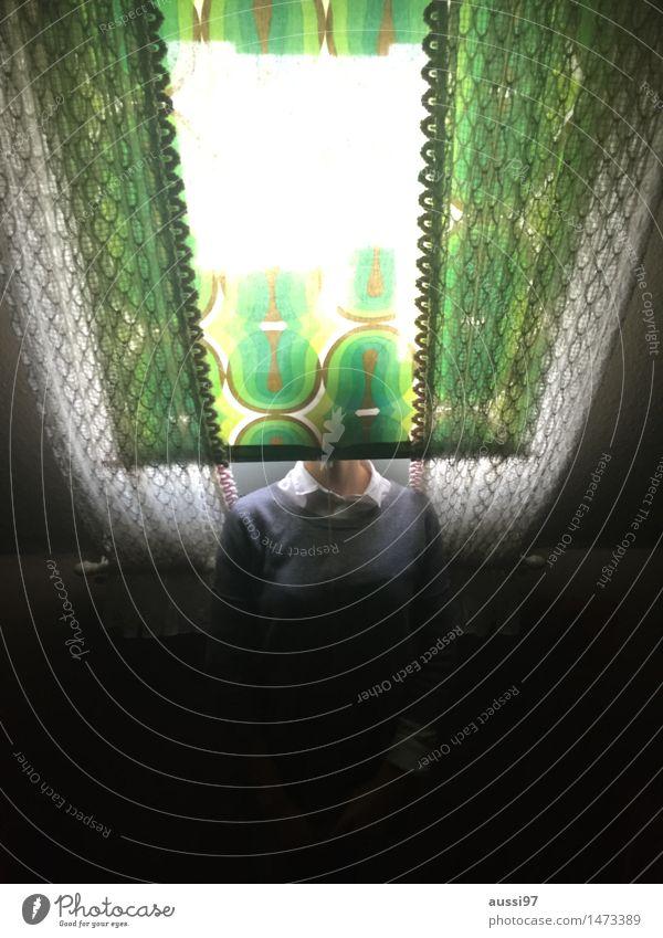 Green darkening Frau grün Mädchen Traurigkeit Flucht Gardine Erschöpfung anonym unerkannt verdunkeln Rollo Dachgeschoss