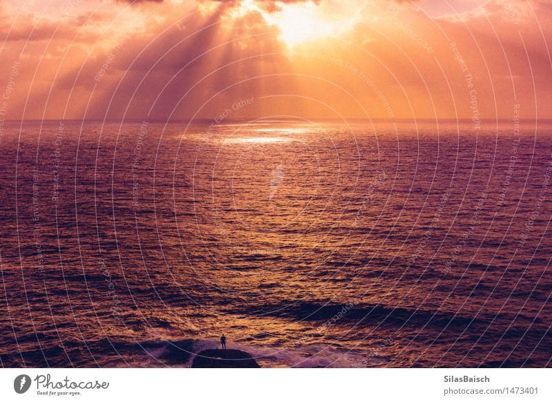 Epischer Sonnenaufgang Natur Ferien & Urlaub & Reisen Meer Landschaft Erholung Freude Lifestyle Küste Freiheit Felsen Wellen Ausflug wandern Beginn
