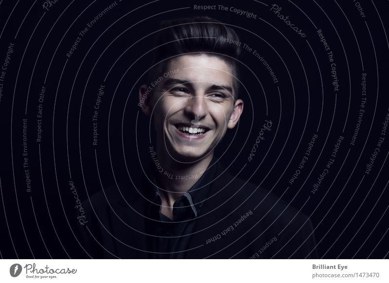 Natürlich lachen Mensch Jugendliche Junger Mann Freude Leben Gefühle Glück Mode Business maskulin Zufriedenheit 13-18 Jahre authentisch Erfolg Fröhlichkeit