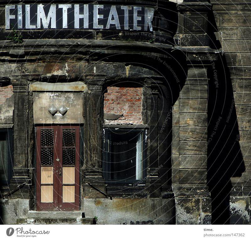The Cheaper They Are The Better They Are Freizeit & Hobby Theaterschauspiel Kultur Show Kino Ruine Mauer Wand Fenster Tür Wahrzeichen Denkmal Stein alt glänzend