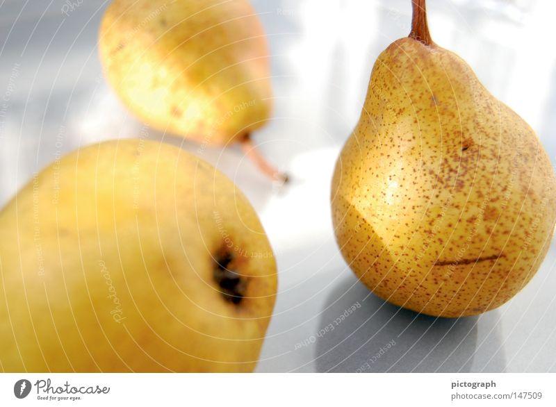 Birnen in Erwartung Sonne gelb Herbst klein Gesundheit Frucht 3 Ernährung süß Schönes Wetter rund Sauberkeit Kochen & Garen & Backen Küche genießen Ernte
