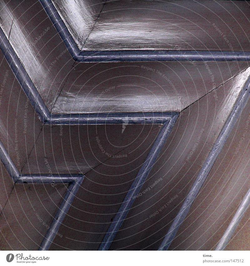 HH08.4 - Parallelität der Ereignisse blau Holz Linie Tür Ecke Streifen Handwerk historisch Oberfläche Symmetrie Lack Fuge parallel Zacken hell-blau