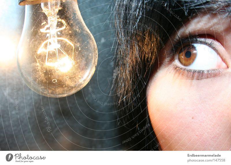 Lichtblick Auge hell planen Elektrizität Idee Glühbirne staunen Erfindung