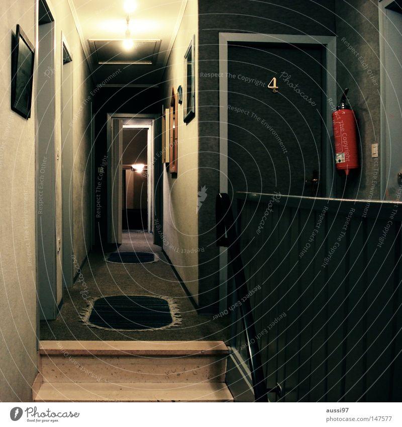 4 Hotel Motel Unterkunft Feuerlöscher Brandschutz Flur Gastronomie Übernachtung einchecken Ruhestand Apartement Garni Bates Motel