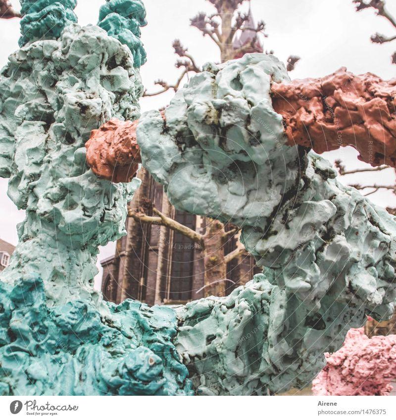 Durchblick Kunst Kunstwerk Skulptur Architektur Maastricht Kirche Sehenswürdigkeit Stein ästhetisch außergewöhnlich rosa rot türkis verstört skurril Loch