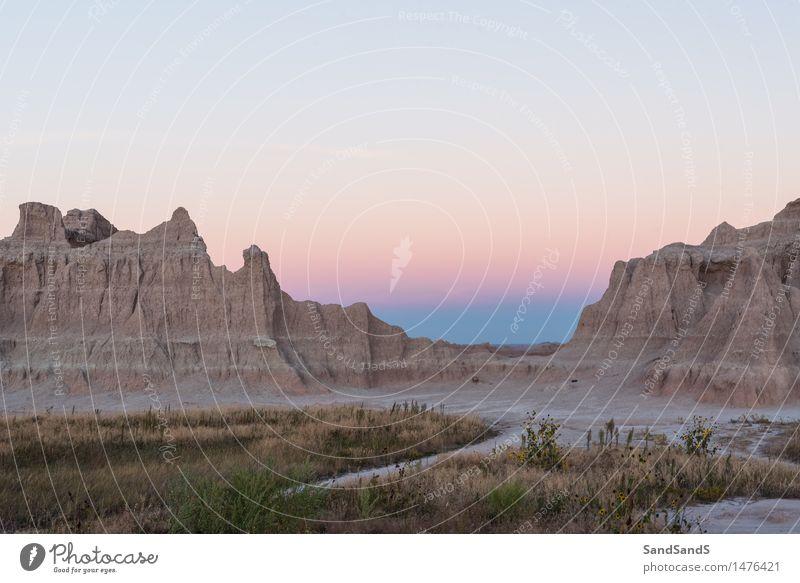 Ödland Himmel Natur Sommer Landschaft Einsamkeit Berge u. Gebirge Umwelt Felsen rosa Park Luft Schönes Wetter Gipfel Hügel USA Wolkenloser Himmel
