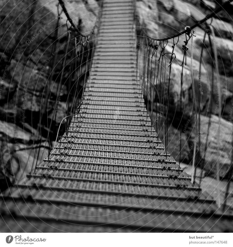 spasimata-schlucht° schön Ferien & Urlaub & Reisen Angst Brücke Mut Panik Risiko unsicher Korsika Hängebrücke