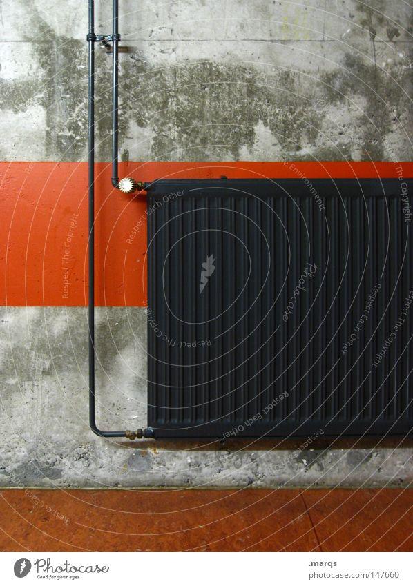 Warm up grau Physik heizen heiß Heizkörper verfallen Häusliches Leben Winter alt Wärme Linie orange radiator heizgerät heizanlage Röhren