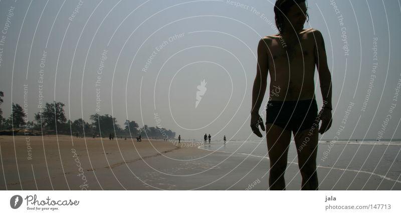 die zeit vergessen Einsamkeit Mann Horizont Ferne Panorama (Aussicht) Wasser Meer Strand Palme Sommer Ferien & Urlaub & Reisen ruhig Frieden Reisefotografie