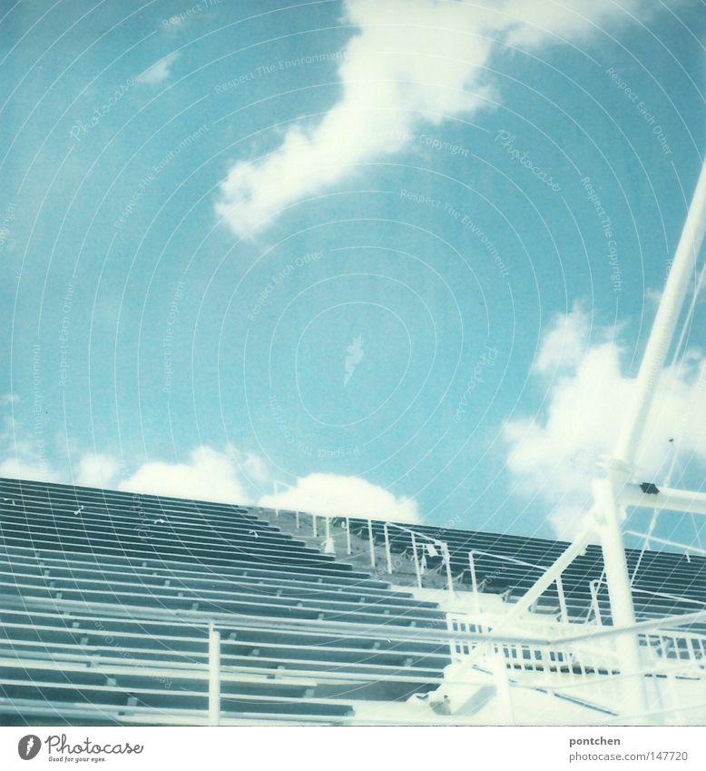 Plavecký stadion Podolí Himmel blau weiß schön Ferien & Urlaub & Reisen Sonne Sommer Wolken Sport Freiheit hell Treppe hoch frei Ausflug Design