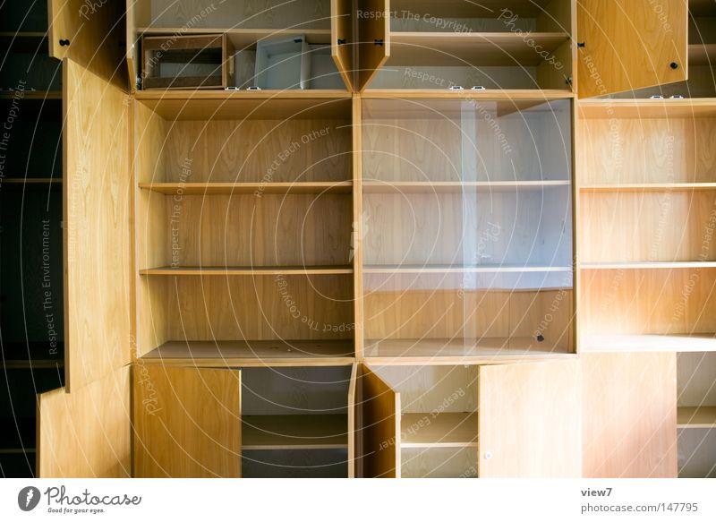 Stauraum einnehmen Einnahme Einkommen aufräumen Schrank Einbauschrank Holz Fächer Schublade Haushalt Sauberkeit Umzug (Wohnungswechsel) leer frei Oberfläche