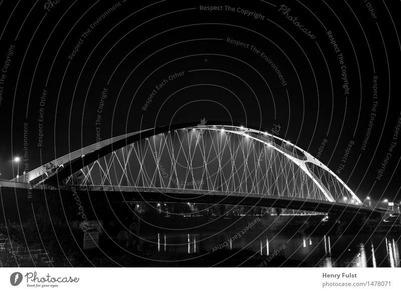 Border Bridge 2.0 Stadt Stadtrand Brücke Beton Stahl Kunst Nacht Langzeitbelichtung Nachtaufnahme Fluss Zentralperspektive