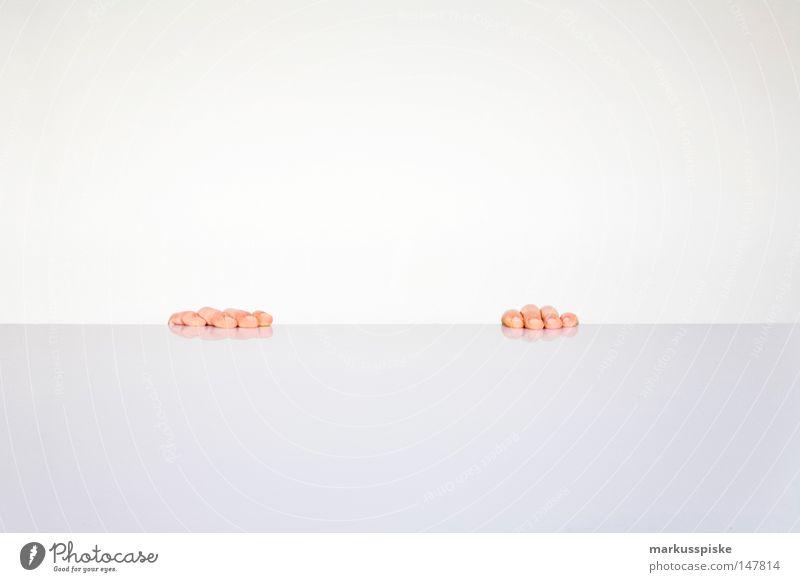 wo ist mein kopf ? Hand weiß Wand grau hell Finger Tisch planen Teile u. Stücke ohne Verlauf sehr wenige Tischplatte reduzieren Körperteile Tischkante