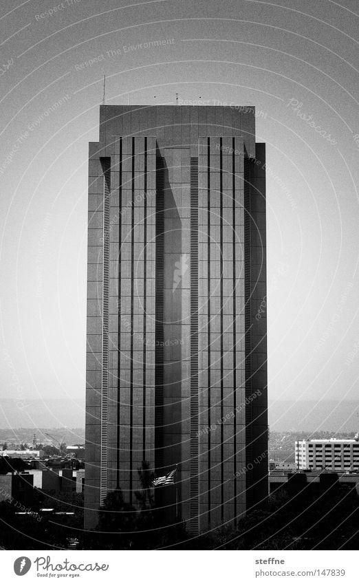 USB Haus Einsamkeit grau Traurigkeit Hochhaus Trauer modern trist USA Skyline Gesellschaft (Soziologie) Plattenbau trüb Ödland Bürogebäude