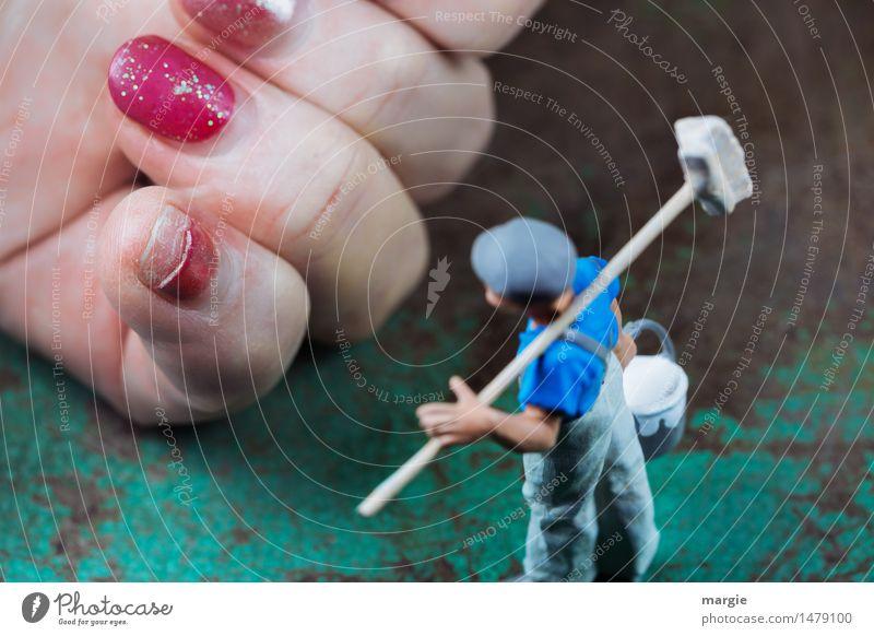 Miniwelten - Maniküre bitte! schön Körperpflege Kosmetik Beruf Handwerker Dienstleistungsgewerbe Mensch maskulin Mann Erwachsene Finger Nagelstudio 1