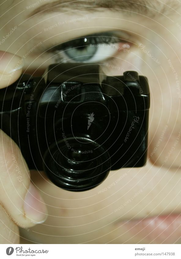 minicam Accessoire Schmuck Fotografie Kunst Miniatur Freizeit & Hobby Profi Fotokamera camera Gesicht face Reflexion & Spiegelung photography Amateur spionieren