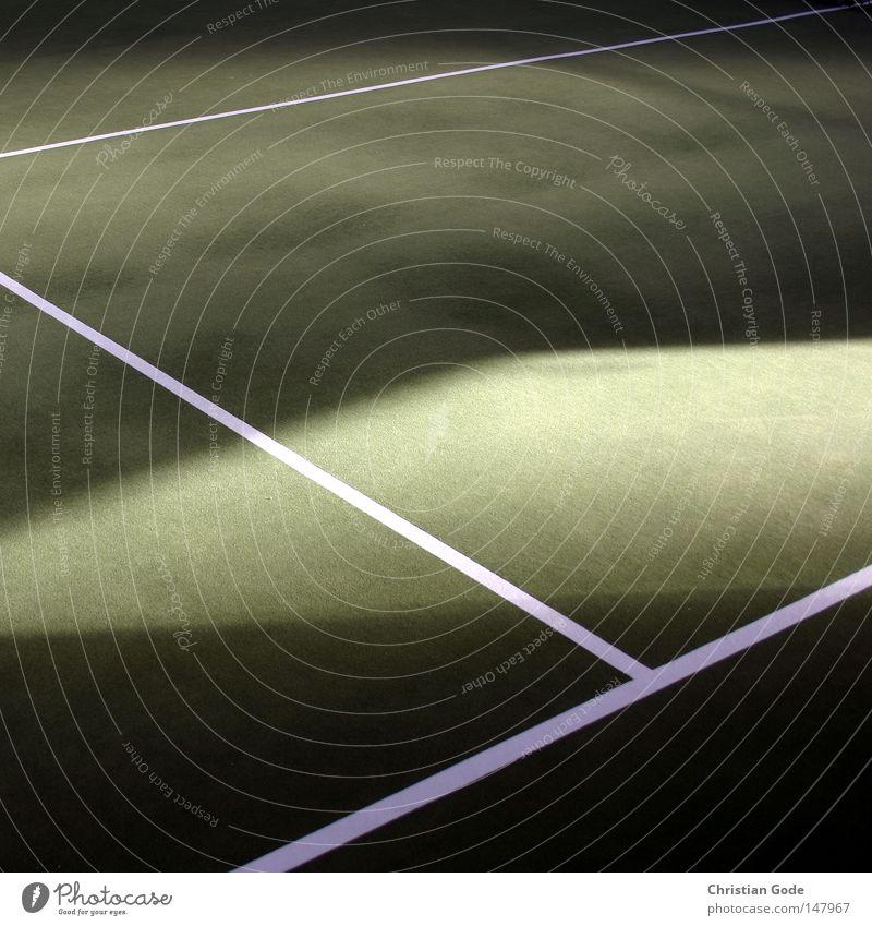 Gewonnen weiß grün Winter Sport Spielen springen Linie Freizeit & Hobby Geschwindigkeit Erfolg Netz diagonal Lagerhalle Tennis Teppich Aufschlag