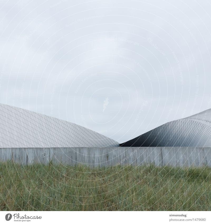 Strukturen Wolken Gras Sträucher Menschenleer Bauwerk Gebäude Architektur einzigartig minimalistisch Metall Strukturen & Formen Beton grau Kopenhagen Dänemark