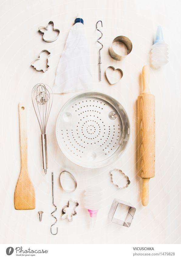 Auswahl von Küchenwerkzeuge für Ostern backen weiß Stil Feste & Feiern hell Design Ernährung Tisch Herz Kochen & Garen & Backen Symbole & Metaphern Geschirr