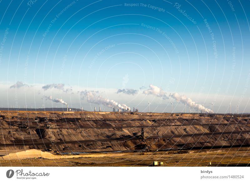 Braunkohlentagebau Garzweiler Arbeit & Erwerbstätigkeit Industrie Energiewirtschaft Bergbau Braunkohlenbagger Windkraftanlage Kohlekraftwerk Himmel