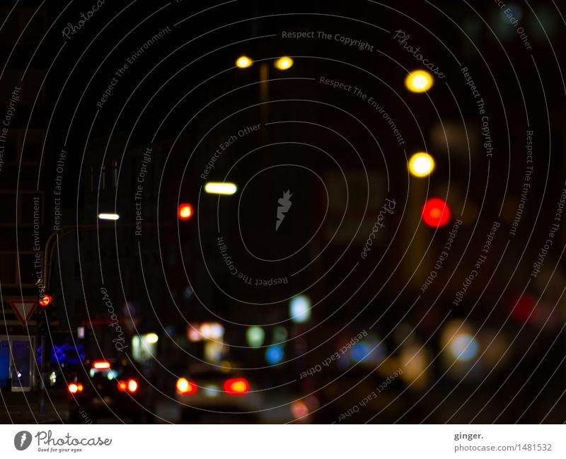 comic | Die Helden warten in der Kneipe Stadt Haus dunkel Straße Beleuchtung Stimmung PKW Verkehr Stadtzentrum Verkehrswege Ladengeschäft Fahrzeug