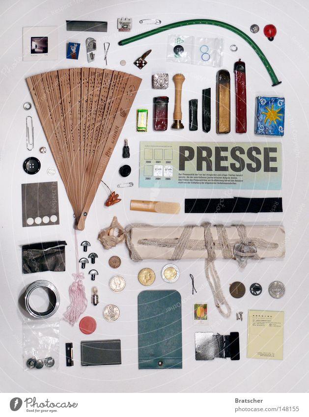 Für Politiker in Notsituationen Entertainment Handel Unterhaltungselektronik Printmedien Zeitung Zeitschrift Ring Muschel Zettel Gold schreiben verkaufen silber