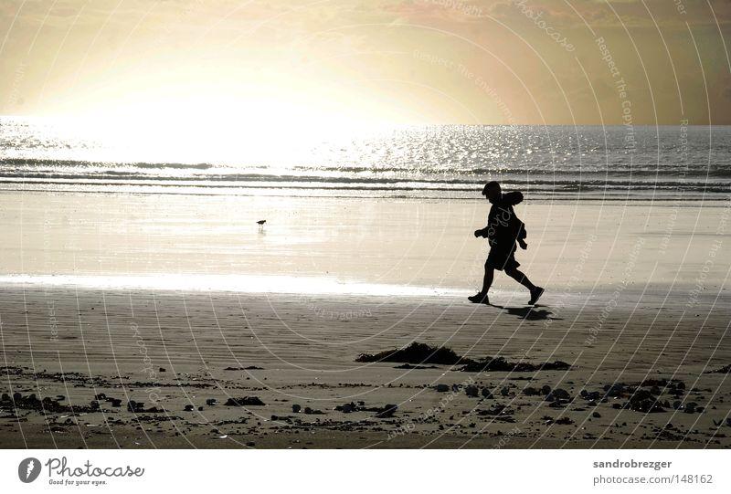 walk the line Meer Strand Spielen laufen Spaziergang Joggen Läufer Jogger