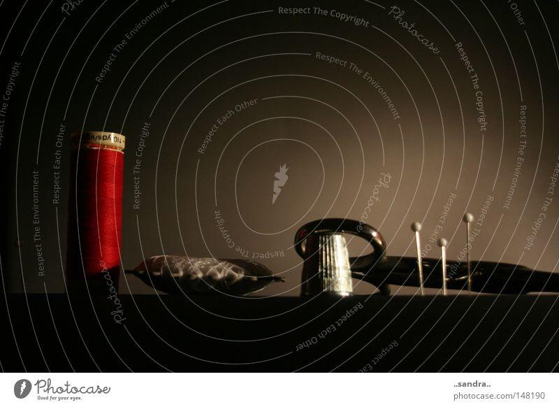 nähkulisse Kunst Handwerk Werkzeug Nähgarn Haushalt Nadel Schere Nähen Stecknadel Kunsthandwerk Spule Kurzwaren Fingerhut