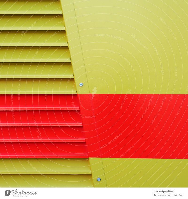 stripes rot gelb Wand Metall Metallwaren Streifen Grafik u. Illustration Schutz Maske gestreift graphisch Blech Schraube Lack Lamelle quer