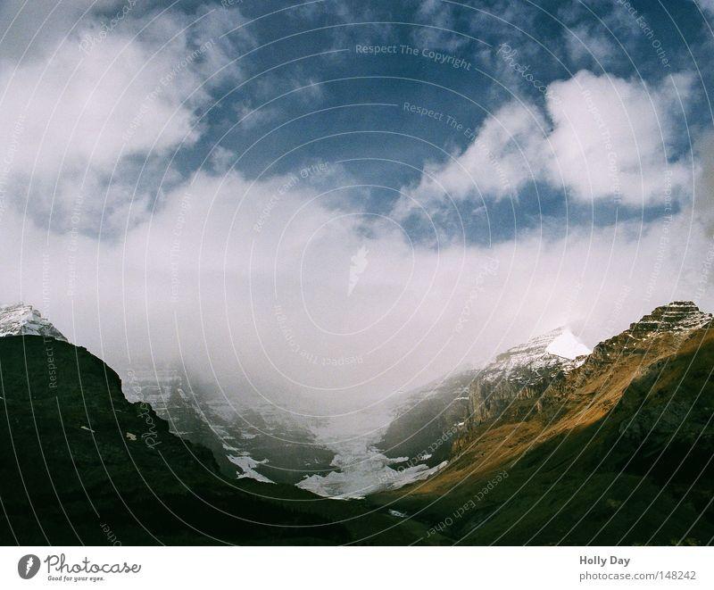 Eine der schönsten Straßen der Welt Himmel Ferien & Urlaub & Reisen schwarz Wolken Straße Schnee Berge u. Gebirge Regen Eis Gipfel Amerika Kanada Gletscher Nationalpark Enttäuschung schlechtes Wetter
