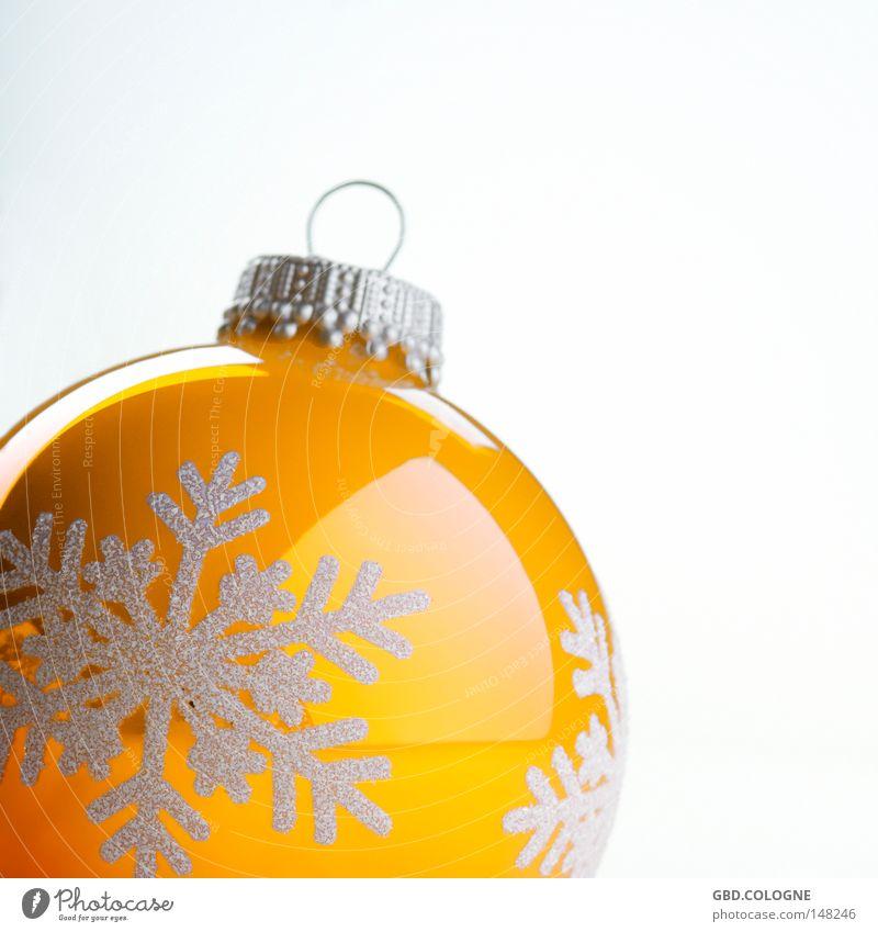 vom Baum gefallen? Winter Dekoration & Verzierung Weihnachten & Advent Glas Kugel glänzend hell rund gelb weiß Christbaumkugel Baumschmuck Dezember Feiertag