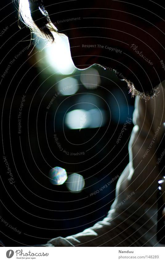 lounge Mensch Mann Bar dunkel Licht Gegenlicht Abend Lounge gemütlich edel Hemd Nase Gesicht Silhouette Nacht Freizeit & Hobby schön Stimmung ruhig